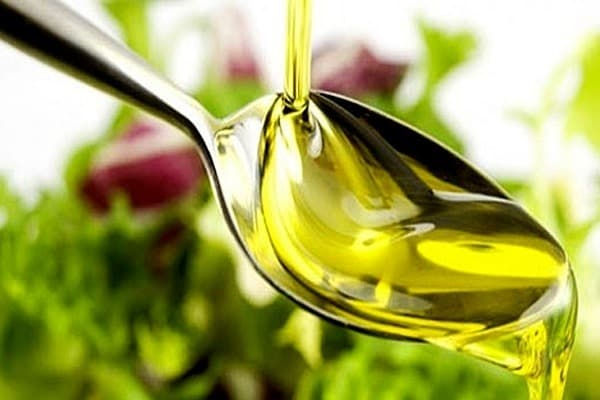 Полезные свойства касторового масла— чудесное средство для ухода за собой