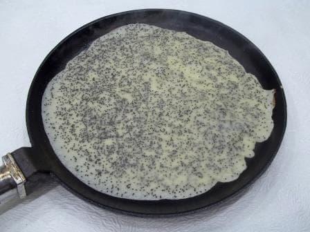 Как приготовить блины на кефире с маком