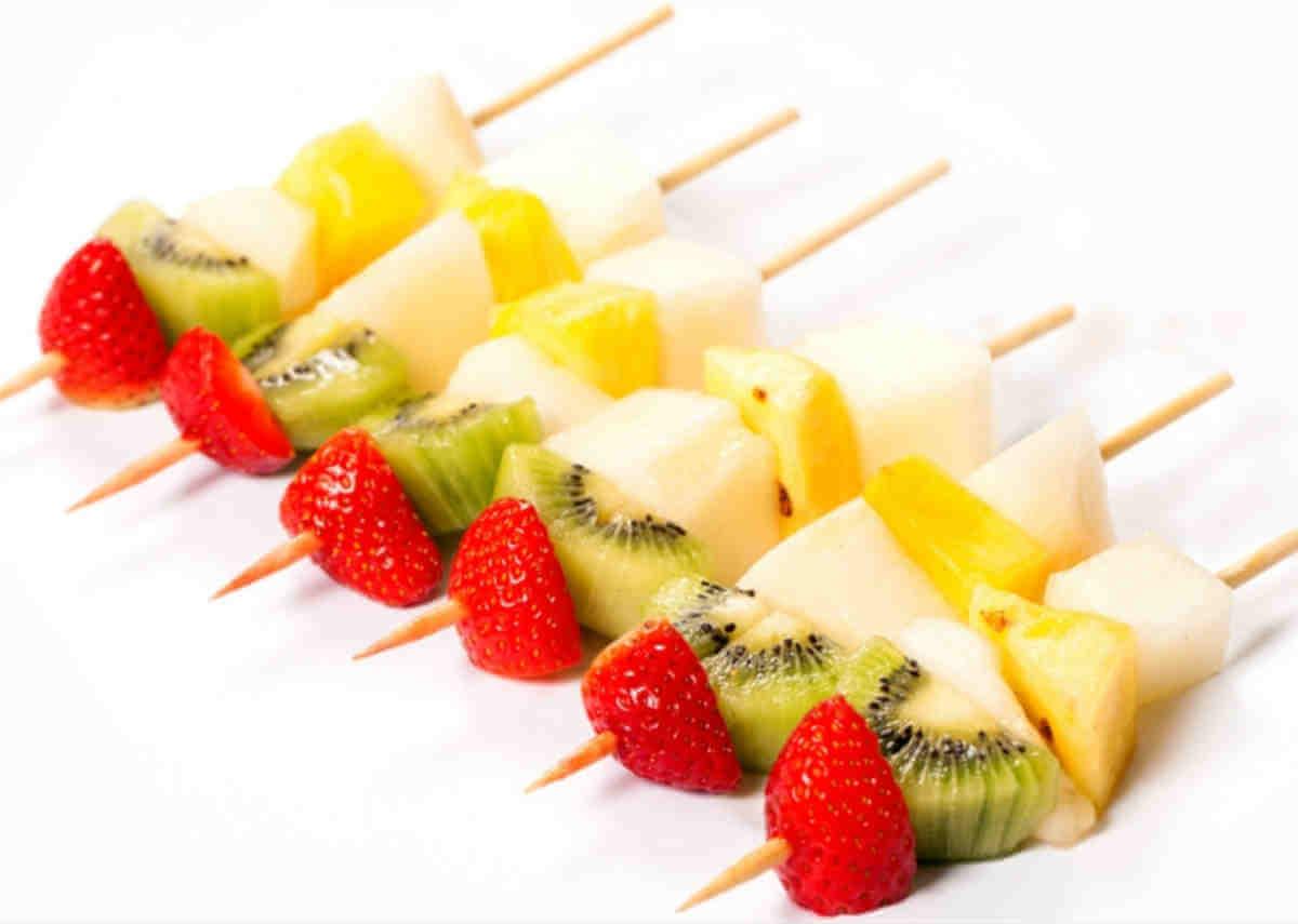 kanape-fruktovoe