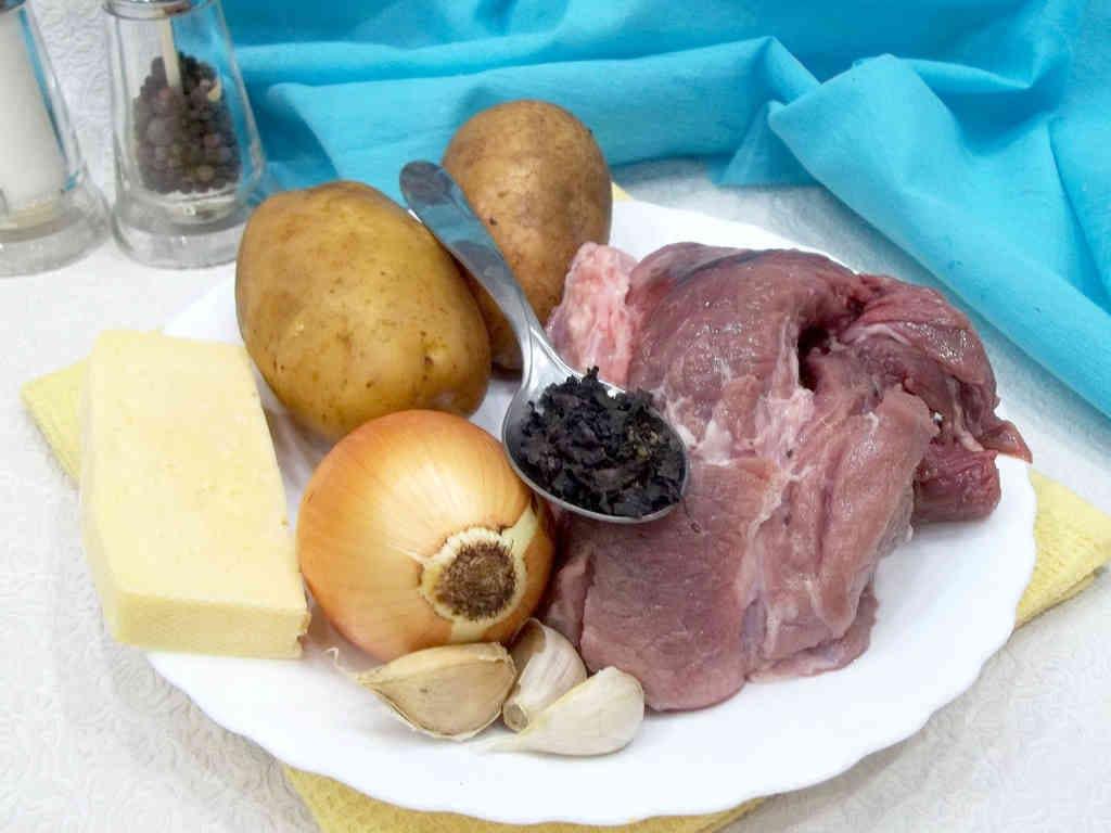 Kartofelnye-lodochki-s-nachinkoj
