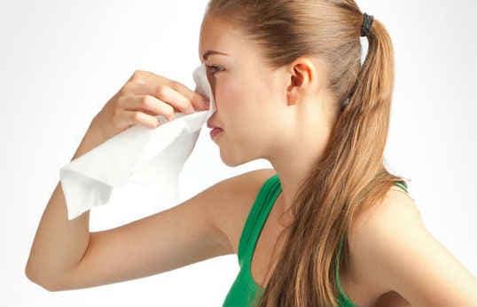 Как остановить кровь из носа, советы и рекомендации от доктора