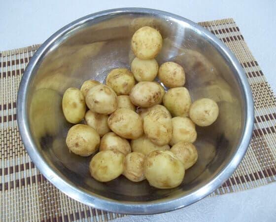 молодой картофель со сметаной в духовке рецепт с фото