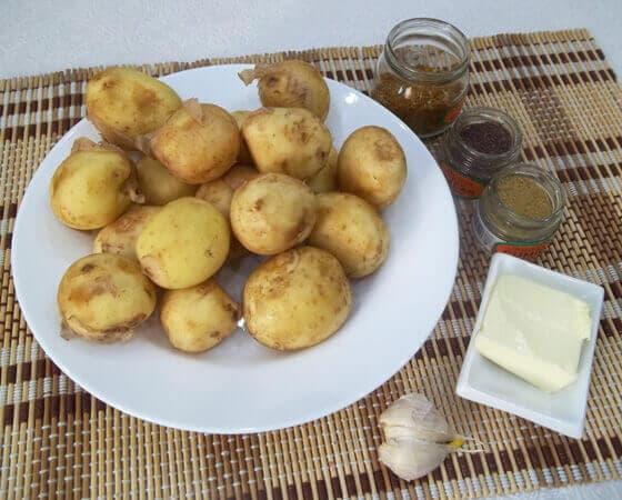 molodoj-kartofel-zapechennyj