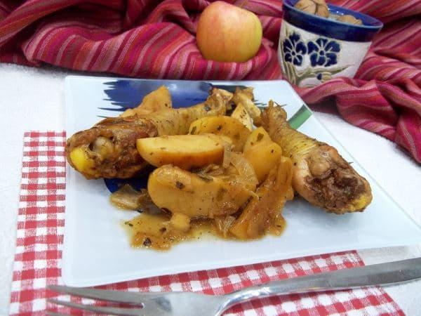 Как вкусно запечь курицу в духовке— пошаговый рецепт с фото