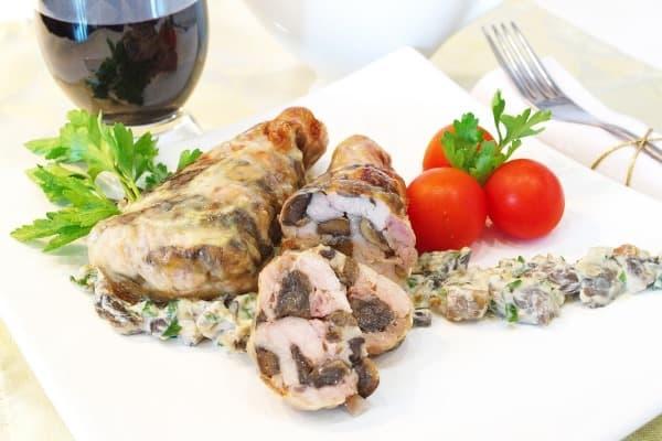 Как фаршировать куриные ножки грибами— 5 обалденных рецептов