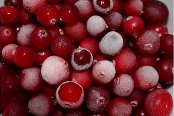 Замороженные ягоды клюквы