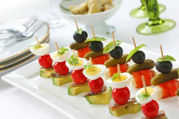 kanape-s-olivkami