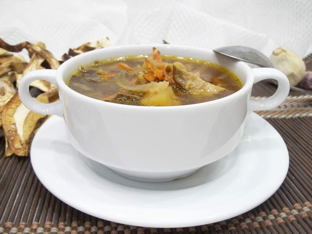 Суп из белых сухих грибов