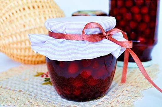 Варенье вишневое с крыжовником