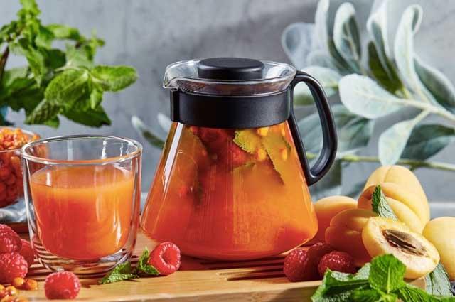 Чай с облепихой и малиной