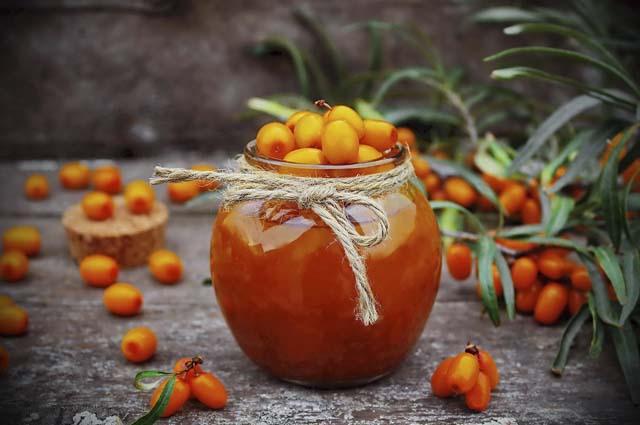 Варенье из облепихи с ягодой