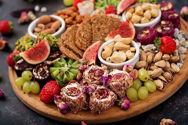 Микс фруктов и орехов